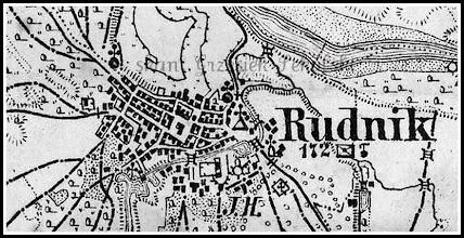 """Photo: Powiększenie mapy z 1880 roku. Widać dokładnie układ urbanistyczny Rudnika. W centrum rynek z nieistniejącym już dzisiaj ratuszem. Trzy mosty przerzucone przez Rudną - wtedy zwaną Głęboką. Pierwszy z nich to śluza przy młynie, drugi to mówiąc dzisiejszym żargonem rudnickim """"Stary Most"""", trzeci to """"Księży Most""""  Na terenie dzisiejszego Caritasu - Wikplastu duże rozlewisko, być może chodzi tu o zalew sztucznie wykonany dla potrzeb napędu maszyn w kuźni rudnickiej, która istniała w obrębie dzisiejszej posesji (częściowo spalony drewniany budynek) sąsiadującej z Ochronką Sióstr Służebniczek. Widać też usytuowanie rudnickiej gajówki czy leśniczówki, nowego cmentarza (obecnie zwanego starym), kościoła, kapliczek i przydrożnych krzyży. Zaznaczona jest nawet nasza figura św. Jana Nepomucena tzw. Nepomuk (na prawo od mostu - śluzy). Punkt wysokościowy 172 m to szczyt skarpy starorzecza Sanu, dzisiejsza lokalizacja osiedla Górka. Widoczny jest też staw wykopany z polecenia hr. Hompescha."""