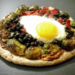 Vegetable and Egg Pita Pizzas.