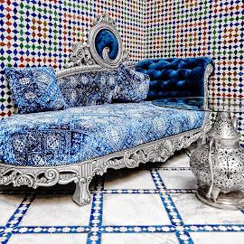 Divan by Richard Michael Lingo - Artistic Objects Furniture ( artistic objects, blue, furniture, divan, table )