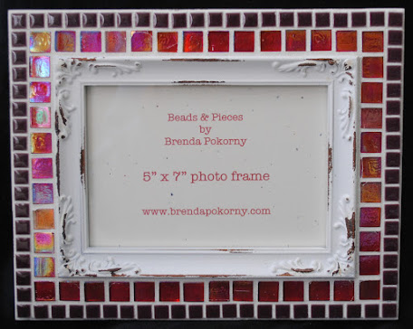 "MOF1432 Victorian Look Raspberry and Wine 5"" x 7"" Mosaic Photo Frame"