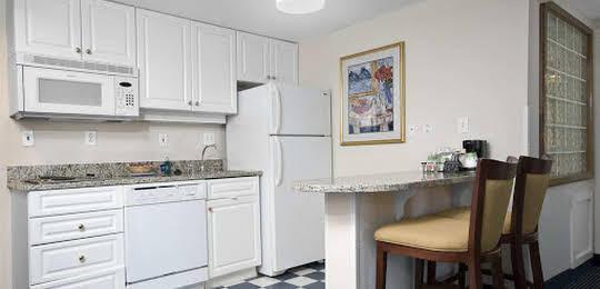 Hampton Inn & Suites Raleigh-Cary I-40 (RBC Center)