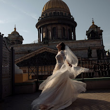 Wedding photographer Liza Karazhova (LizaKa). Photo of 17.01.2019