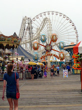 Photo: Mariner's Pier, Wildwood, NJ. https://www.moreyspiers.com/play/mariners-landing-pier/rides/