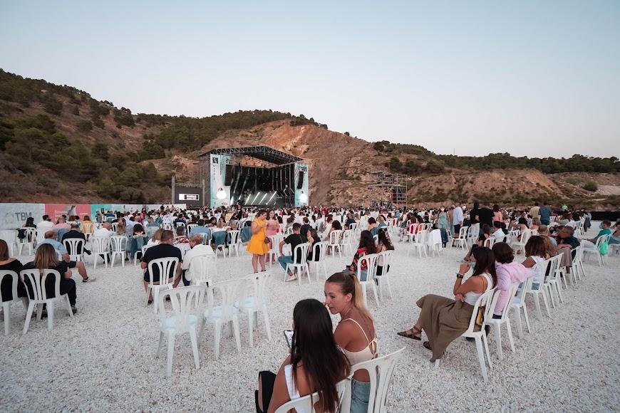 El público esperando el comienzo del concierto