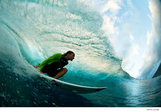 Photo: Brett Simpson, Tahiti. Photo: Glaser