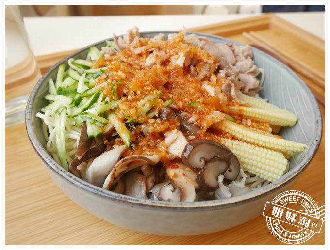 酷麵韓式牛肉涼麵