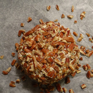 Bacon Pecan Herb Cheese Ball