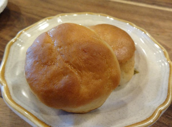 QUICK AS A WINK YEAST ROLLS!
