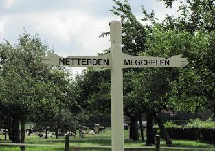Photo: Prachtige oude richtingwijzer tussen Netterden en Megchelen