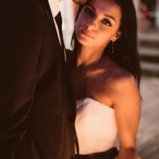 Wedding photographer Polina Rumyanceva (polinahecate2805). Photo of 17.07.2017