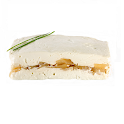 Terrine de queijo pequena com pêra e nozes