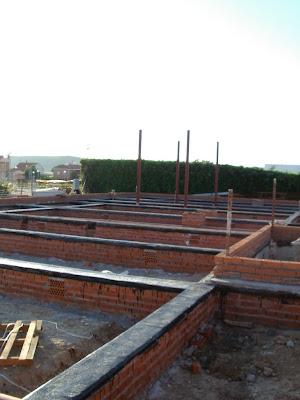 Arranque muro de f brica para forjado sanitario - Fachada hormigon in situ ...