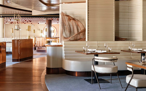 Scarlet-Lady-wake-interior.jpg - There's no assigned seating at the Wake, the complimentary steak and seafood venue on Scarlet Lady.