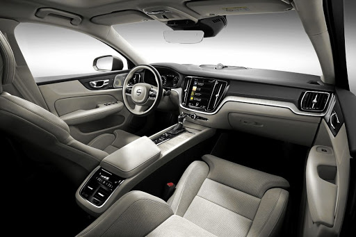 The interior has the same family look as other Volvo models with elegance, luxury and technology