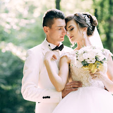 Wedding photographer Liliana Arseneva (arsenyevaliliana). Photo of 04.09.2017