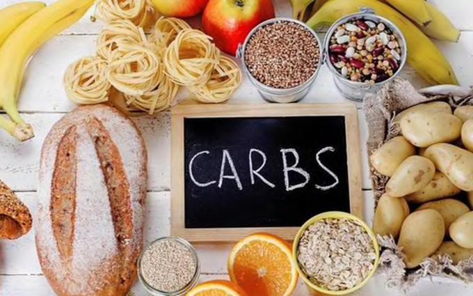 Loại bỏ 100% tinh bột ra khỏi bữa ăn nhằm giảm cân là sai lầm của rất nhiều người.