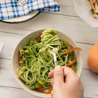 Spaghetti in Spinach Sauce.