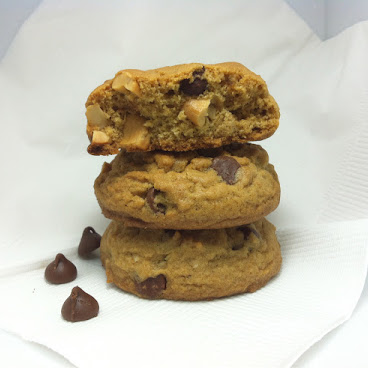 CASHEW NUTS CHOCOLATE COOKIE