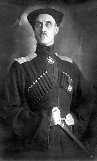 Петро Врангель, генерал-лейтенант, барон. В 1919 - на початку 1920 р. командувач білої Кавказької армії. У квітні 1920 -го Антон Денікін передав йому повноваження головнокомандувача Збройними силами Півдня Росії