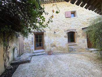 maison à Robion (84)