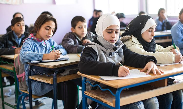 Helping refugee children get access to education