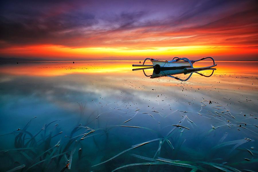 The Horizon by Agoes Antara - Transportation Boats