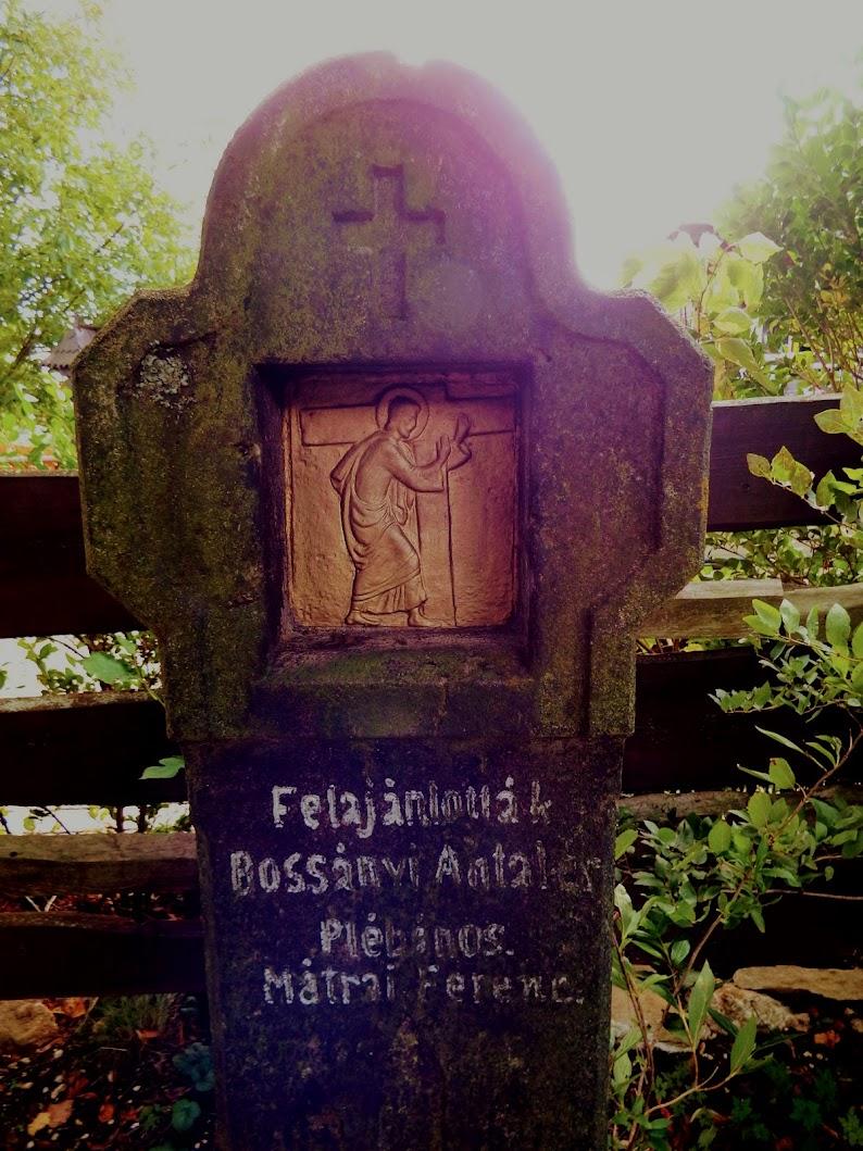 Pilisszentkereszt - stációs keresztút a kálváriadombon, kálvária