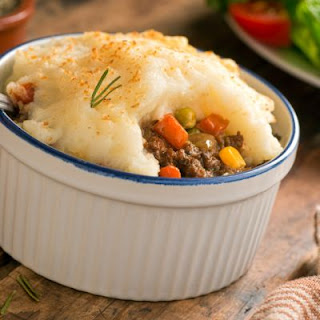 Hearty and Rich Beef Pot Pie