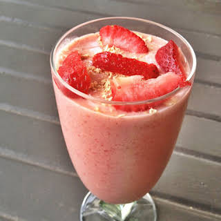 PB&J [Strawberry Peanut Butter] Shake.