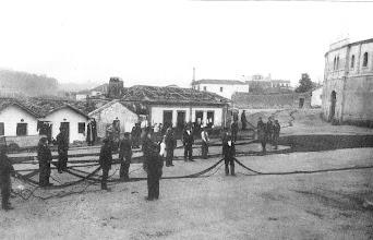 Photo: Campo da Torre. As redes podían chegar a ter 10 KM cando se unían para peca ó Cerco. Antigamente chamóuselle Campo da Verdade. Nesta praza iniciose o fútbol en Pontevedra, antes de pasar á Xunqueira. E tamén, moito antes era onde se facía xustiza pública.