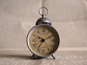 clock-691143_1920