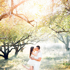 Wedding photographer Yaroslav Godyna (Barik). Photo of 04.11.2014