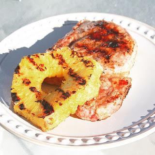 Pork chop BBQ (돼지고기 바베큐).