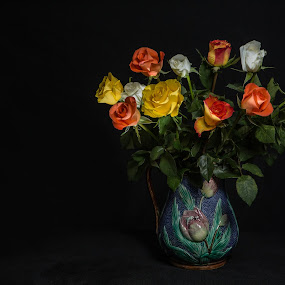 Vase of roses by David Guest - Artistic Objects Still Life