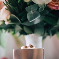 Wedding photographer Vadim Kostyuchenko (Sharovar). Photo of 25.10.2017