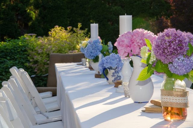 table sunlight flower backyard flowers aisle outdoors ceremony floristry garden table floral design centrepiece outdoor table table with flowers party table flower arranging