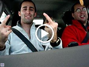Video: Video tonteridas en el coche.