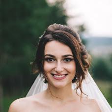 Wedding photographer Mikhail Yarkeev (Michel57). Photo of 21.10.2016