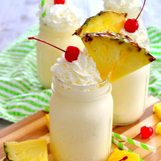 Homemade Dole Whips {No Machine Needed!}.
