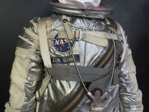 Photo: John Glenn's space suit!   Orbital Man looked so good in silver ;)