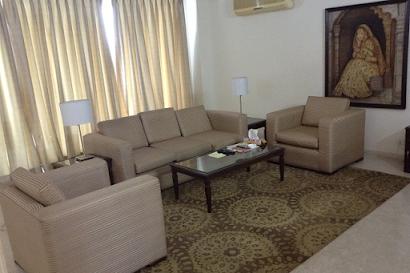 Gurgaon Pinnacle Apartments in Sect 43