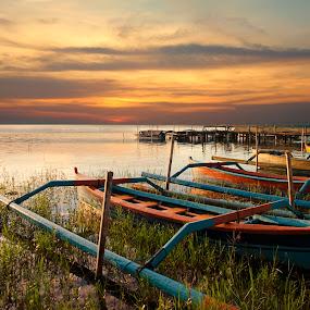 Ready to go by Anton Subiyanto - Transportation Boats ( water, sunset, boats, transportation, sunrise, landscape )