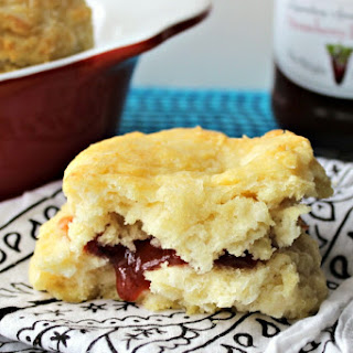 Easy Peasy Buttermilk Biscuits