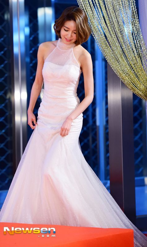sooyoung gown 3
