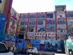 Photo: 5 Pointz in Queens