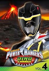 Power Rangers Dino Charge Volume 4