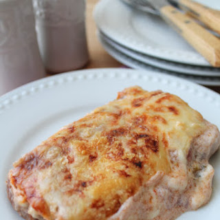 Chicken Enchiladas in a Spicy Sour Cream Sauce