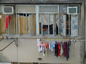 Photo: 涼曬衫Drying the clothes