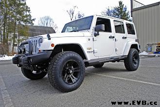 Photo: AEV Premium Front Bumper, XD Cranks