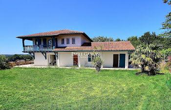 maison à Arcangues (64)